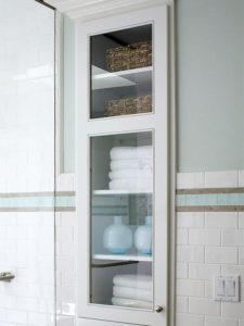 Bathroom cupboard nook